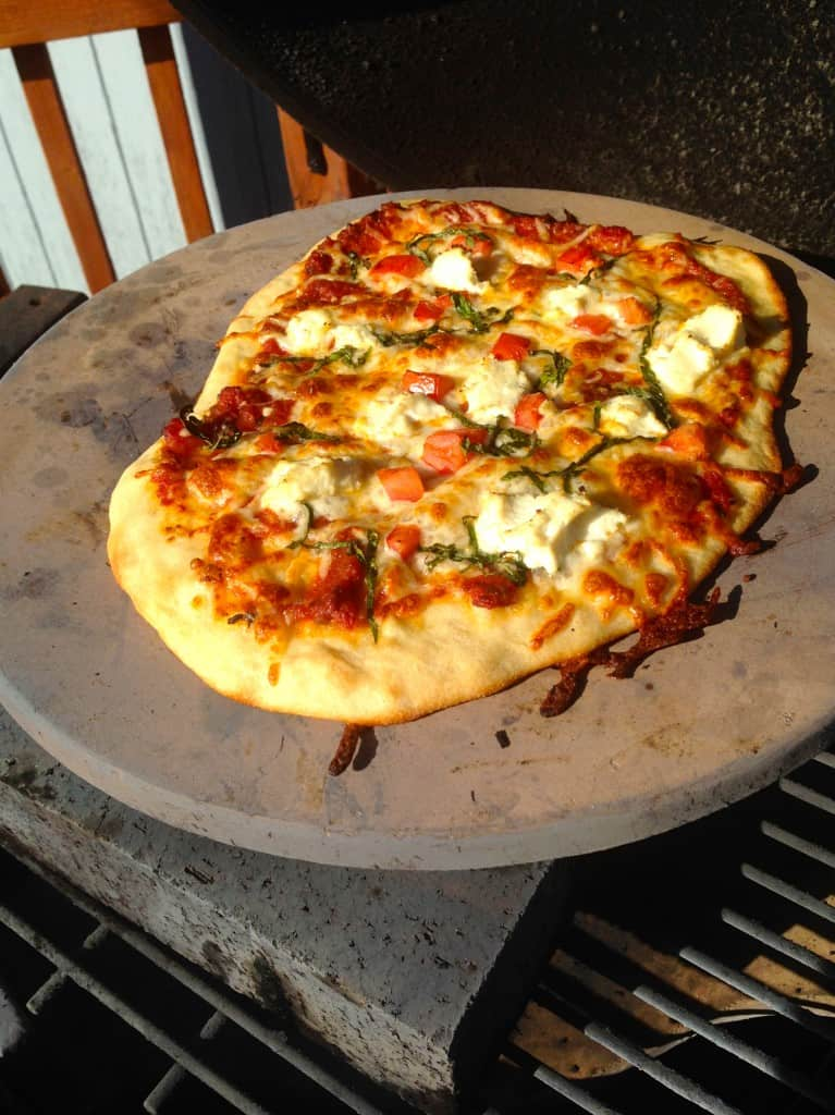 Grilling Pizza on the Big Green Egg